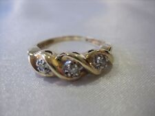 10k YELLOW GOLD 3 DIAMOND HEART RING 3 GRAMS SIZE 7.75