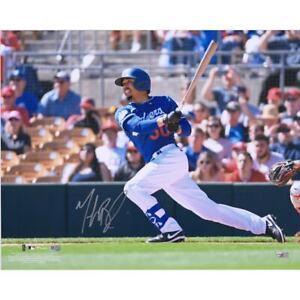 "MOOKIE BETTS Autographed Dodgers ""Hitting"" 16"" x 20"" Photograph FANATICS"