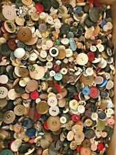 Huge Lot 1000+ Used Vintage Modern Buttons Sewing Crafts over 2+ pounds 910