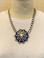 VTG runway massive spider spiderweb Necklace Statement Collar Choker medallion