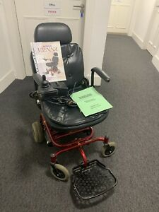Roma Vienna Motorised Wheelchair Red With Charger With Instructions Model S-UL7