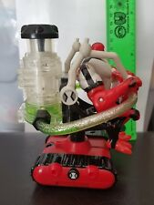 ORIGINAL BEN 10 FOUR ARMS AND HIS TETRA TANKER ACTION FIGURE. RARE. PRE OWNED