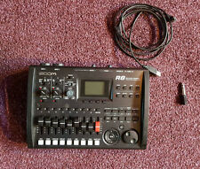 ZOOM R8 8-CHANNEL DIGITAL MULTI-TRACK RECORDER/USB AUDIO INTERFACE+DRUM MACHINE