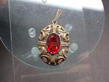 Alter Silberanhänger etwas vergoldet (.800) roter Glasstein