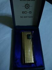 Vintage New Old Stock Gas Luxury Electronic Lighter NOBLE EC 5 Gold Tone No.2