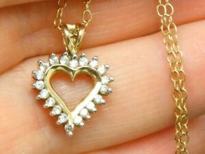 "9ct Gold 0.25ct Diamond Pendant & 18"" chain"