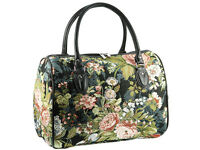 Signare Ladies Tapestry Travel Holdall Weekend Handbag Bag In Peony Black Design