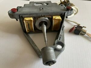 Lenco L70 Motor. 110-220 60or 50 Hz.