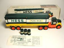 1976 Hess Barrel Truck Rare 5 Ring Barrels lights work rare vintage collectible