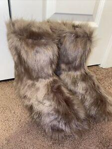 fur boots 8
