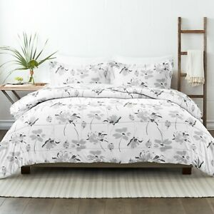 Home Collection Premium Down Alternative Magnolia Grey Patterned Comforter Set