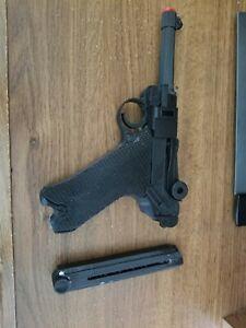 1:1 Model Luger pistol