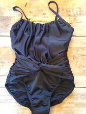 Black 8 MEDIUM Victoria's Secret Twist Front One Piece Magicsuit Swimsuit NEW!