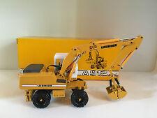 Liebherr A 912 Mobilbagger mit Greifer von Conrad 2830 1:50 OVP