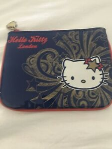 BNWOT Hello Kitty London Purse