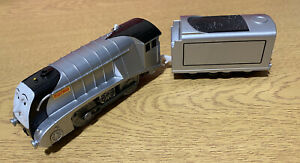 THOMAS TANK ENGINE & FRIENDS TOMY TRACKMASTER - SILVER SPENCER