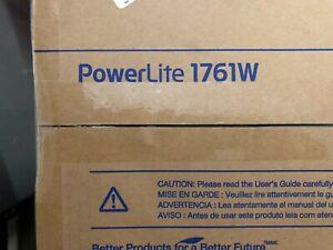 NEW  Epson Powerlite 1761W LCD WXGA 2600 Lumens Wireless Projector ( H478A )