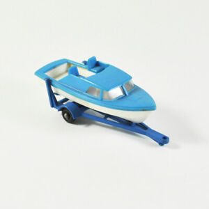 Matchbox Series No. 9 - Trailer With Boat - Lesney - Pendant