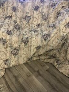Croscill Chambord QUEEN Comforter Purple Roses EUC