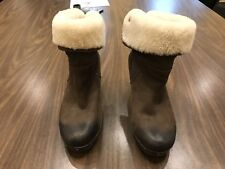 Women's Size 7 Leather Ugg Winter Boots #3207