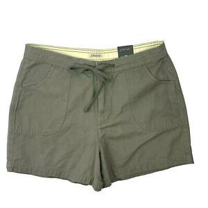 St Johns Bay NEW Womens Size 12 Bermuda Shorts Camo Green Front Back Pockets