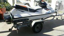 Jet ski Seadoo white GT130