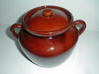 McCoy USA Pottery Lancaster Brown #343 Bean Pot Cookie Jar w Lid