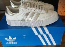 Adidas Originals Samba Rosa Blanco y Plata entrenadores Reino Unido 4