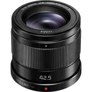 Panasonic Lumix G 42.5mm f/1.7 ASPH. POWER O.I.S. Lens - Black (H-HS043E-K)