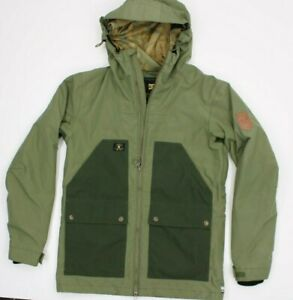 Men's DC Size Small  Insulated Water Proof Snowboard Green Jacket