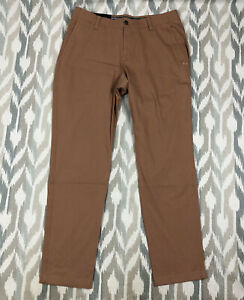 Under Armour UA Mens Golf Tapered Pants Brown Loose Fit Size 36x32 1346799-259