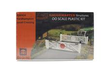 Fordhampton Level Crossing by Gaugemaster OO Scale