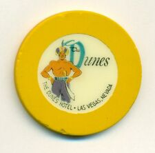 DUNES HOTEL CASINO POKER CHIP---YELLOW COLOR  ROULETTE--