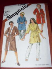 SIMPLICITY #5596-BOYS or GIRLS (2 STYLE) TERRY CLOTH KIMONO ROBE PATTERN  MED FF