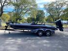 2015 Ranger Boats Z520C 20 Ft. Fiberglass 500 Miles Maroon Boat Evinrude 250HP A