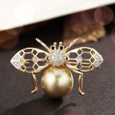 18K Yellow Gold Filled Simulated Pearl & Diamond Lovely Honey Bee Brooch