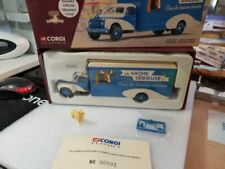 Camions miniatures bleus Citroën