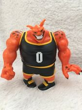 VINTAGE  VGUC 1996 SPACE JAM POUND BASKETBALL PLAYER LOONEY TUNES ALIEN FIGURE