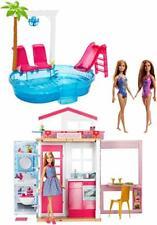Barbie FXN66 Sommerparty Spielset Puppenhaus Möbel Pool Spaß Spielzeug 3 Puppen