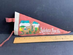 Vintage Felt Pennant, Spikehorn Bear Den, Harrison, MI