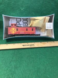 HO Scale Athearn Caboose ATSF NOS  Condition (HO8831)