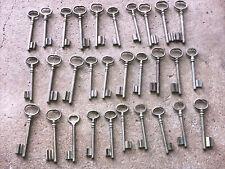 n° 55 Lot 30 clés anciennes de porte serrure clef / déco Clef table de mariage