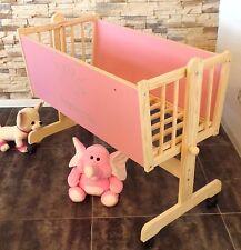 Baby Wiege Stubenwagen  Beistell Gitter Bett Gravur Räder Schaukel Boller Rosa