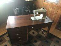 1960's Singer Sewing Machine. Hideaway Table With Foot pedal.