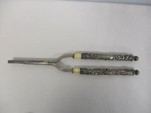 ANTIQUE STERLING SILVER REPOUSSE ACANTHUS LEAF HANDLE VANITY HAIR CURLER TONGS