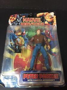 1997 Marvel Comics Marvel Universe Peter Parker Figure with Camera Accessory