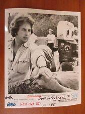 Vtg Glossy Press Photo Director Michael Cimino Directing The Deer Hunter