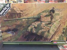 "Academy 1 3 5 (13229) Panzer Alemán rey Tiger"" Last Production"""