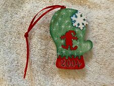 Stave Puzzle Christmas Ornament 2004 - Mitten
