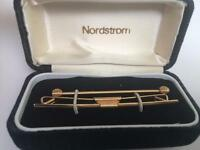 Mens Vintage Collar Bar & Pin 2 pc Gift Set Nordstrom Box Goldtone New Cond